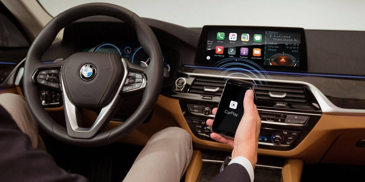 Get in the Car and Connect the CarPlay Automaticly