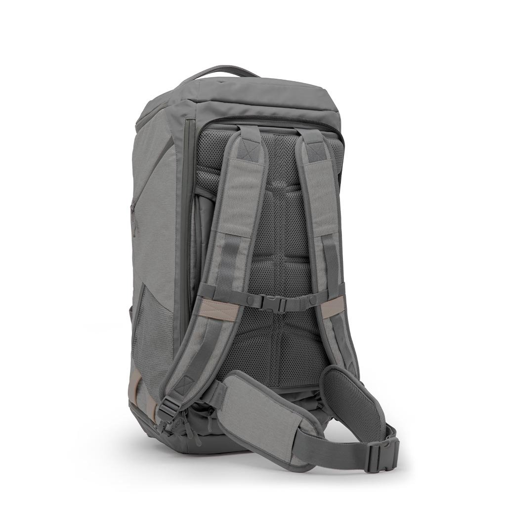 Monarc sustainable bag with backpack straps