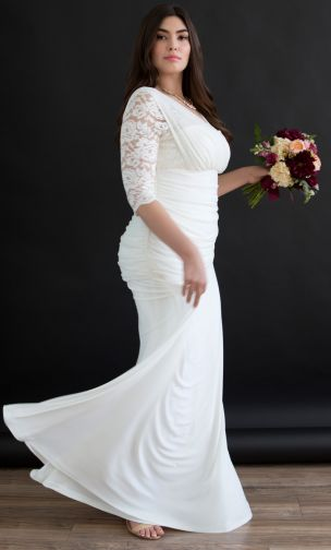 675403d142 For the classic and modest bride