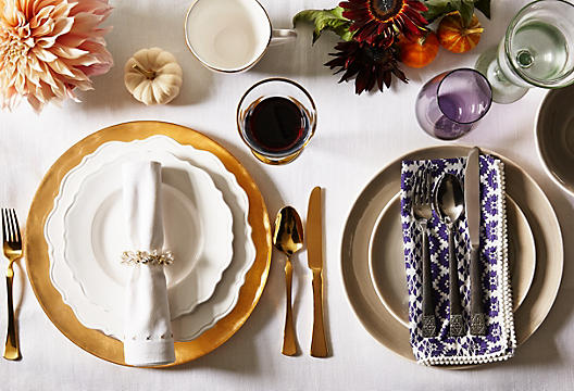 Tips to create a unique thanksgiving decor helena alkhas