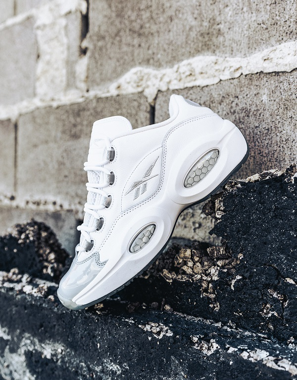 QUESTION LOW GREY TOE: From on-court origins to street style plays, this simple and fresh take on the classic. Available on Reebok 6/10.