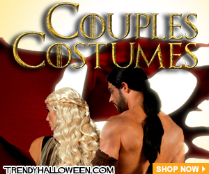Couples in costume, always the ultimate sign of compatibility! Shop trendyhalloween.com