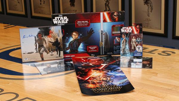 Star Wars Ultimate Fan Gift Box at SteinerSports.com