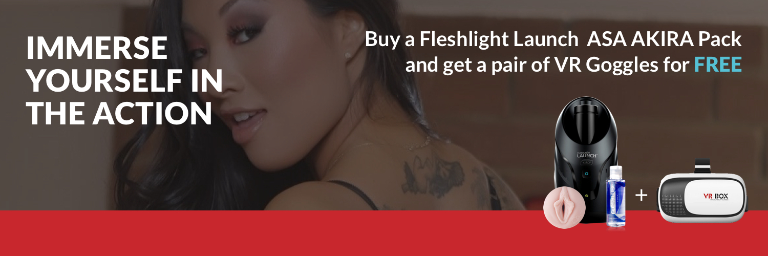 Kiiroo Fleshlight Launch Combo with Mobile VR Headset