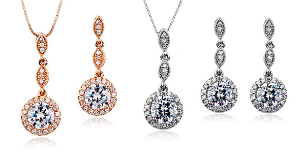 Woman Fashion Necklace and Earrings Set