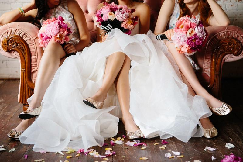 Rescue Flats | rescueflats.com | Luxury Dancing Slipper Wedding Favors | Gold Foldable Flats