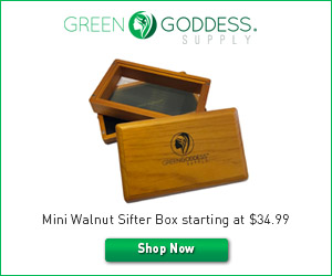Green Goddess Supply Mini Walnut Sifter Box