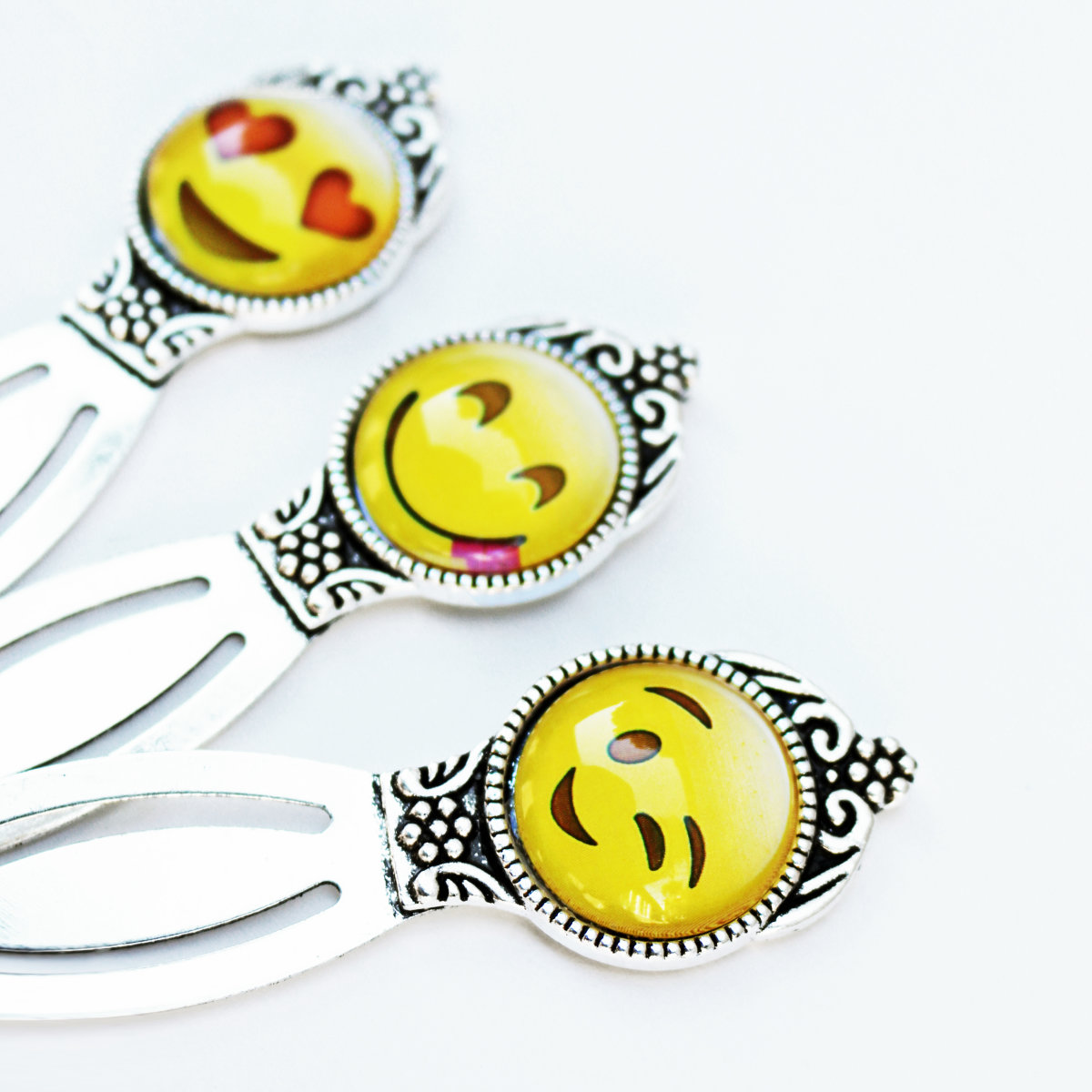 Emoji motivating readers bookmark