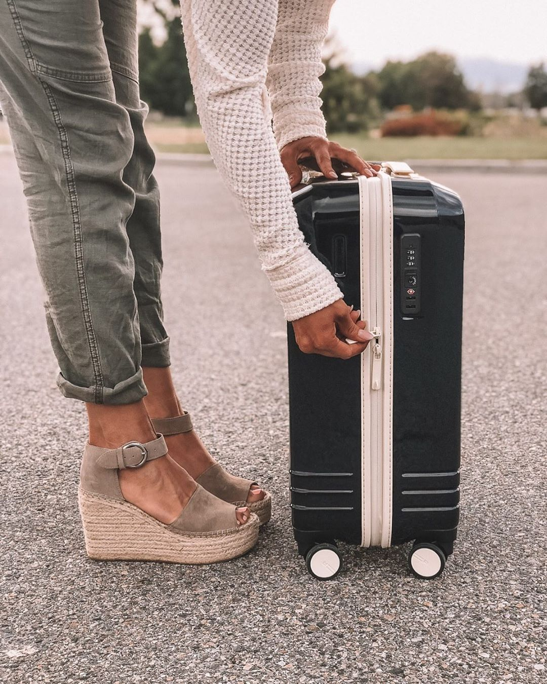 Roam Luggage; A Review