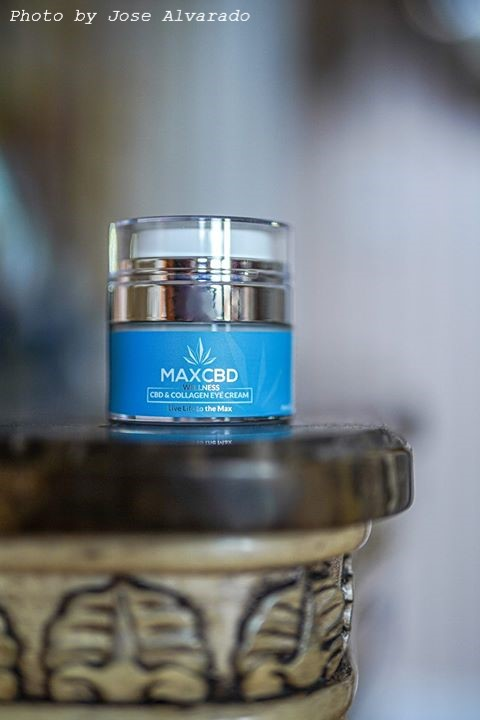 MaxCBD Wellness Anti-Aging CBD and Collagen Eye Cream, perfect moisturizer for delicate area around eye and dark circles