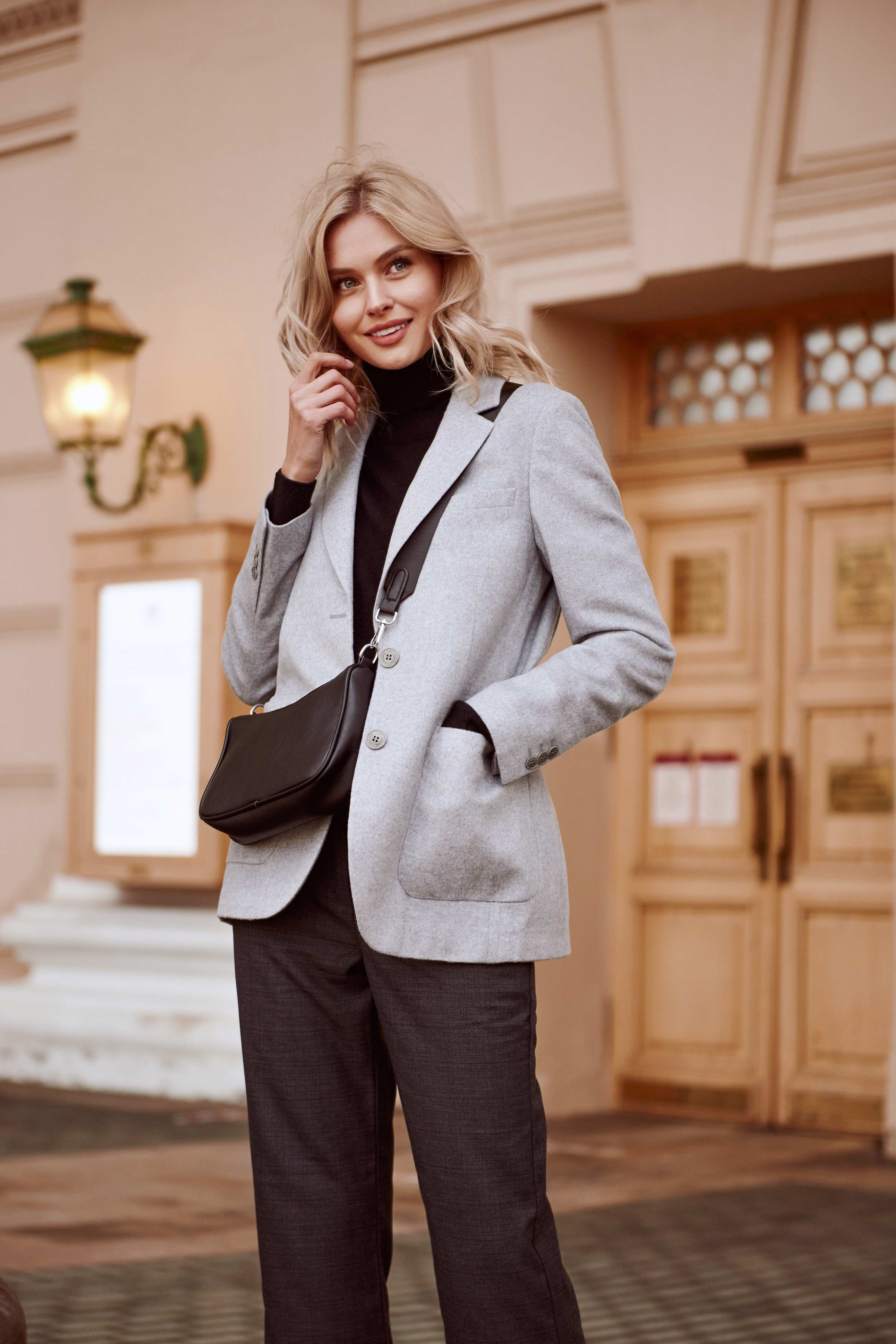 WB09 148 - Beautiful cashmere blazer+FREE cashmere scarf