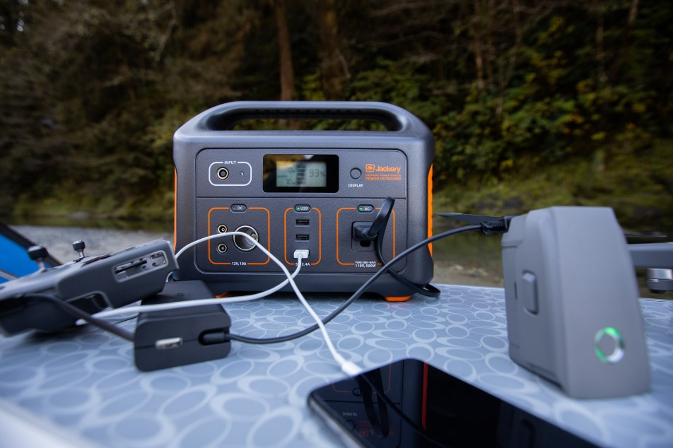 Jackery Explorer 500 is a 518Wh lithium Portable Power Station. It is one of the lightest and most portable rechargeable lithium battery generators on the market.